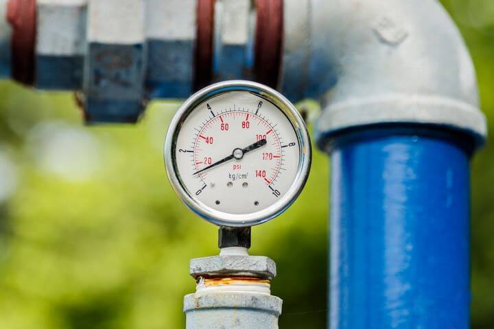 Измеритель давления воды