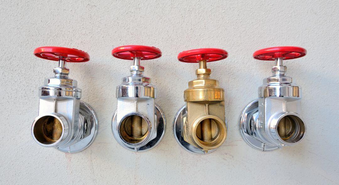 Как выбрать подходящий регулятор давления воды